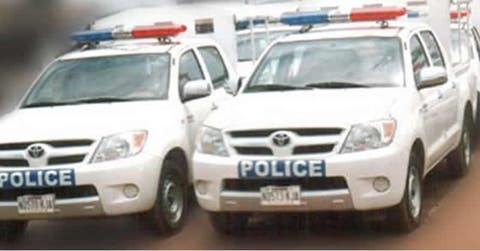 Policemen invade Ondo church, dig altar