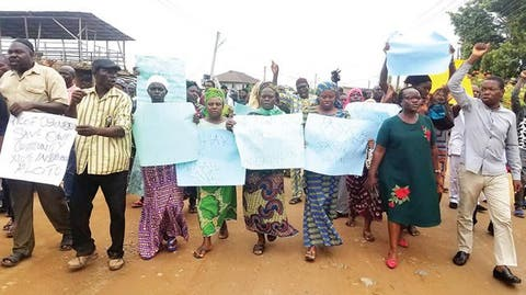 Residents protest proposed demolition of 500 houses in Ogun