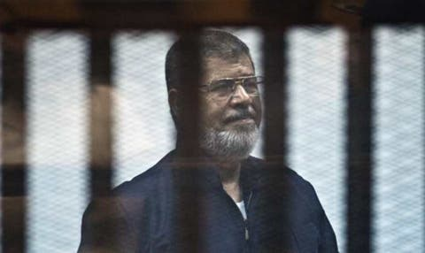 Egypt ex-president Morsi dies during court session