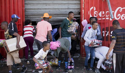 Xenophobia: South Africans loot more shops, 300 Nigerians register for evacuation