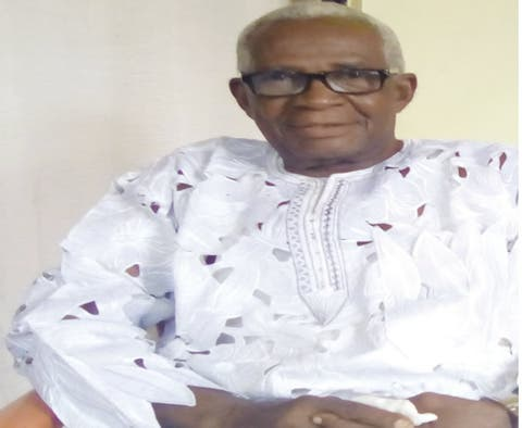 I trained varsity graduates with newspaper proceeds — 81-year-old vendor