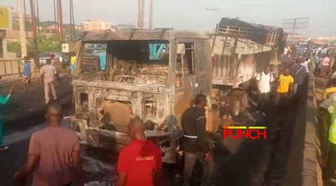 Fuel tanker explodes at Lagos-Abeokuta Expressway old toll gate, two die